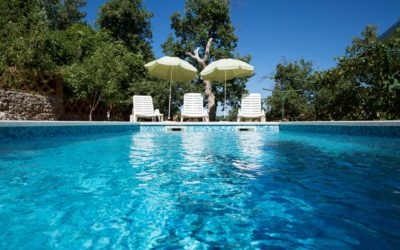 Follow These 4 Swimming Pool Safety Tips